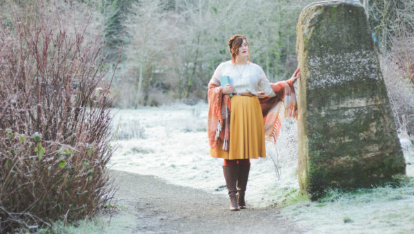 Through the Stones || Outlander Inspired Fashion